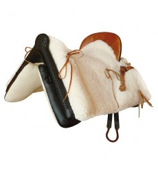 Mottled Sheepskin Vaquera Saddle
