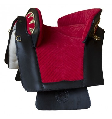 http://saddles4sale.com/692-thickbox_default/suede-saddle-marjoman-portuguese-riano-.jpg